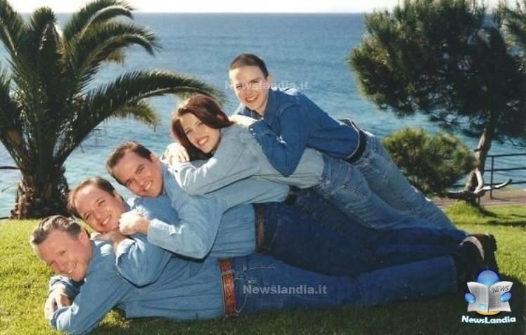 Foto-di-famiglia-più-raccapriccianti-di-sempre-incazziamoci-uno-sopra-l-altro