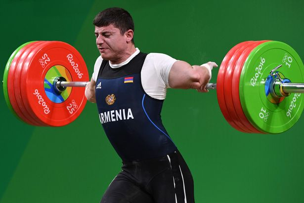 Rio 2016 Infortunio Sollevamento pesi per Andranik Karapetyan Injury [VIDEO]
