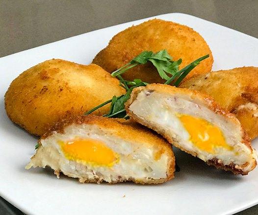 Uova incappucciate: ecco una ricetta molto facile