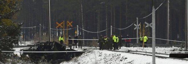 Finlandia, scontro mortale tra treno e veicolo militare