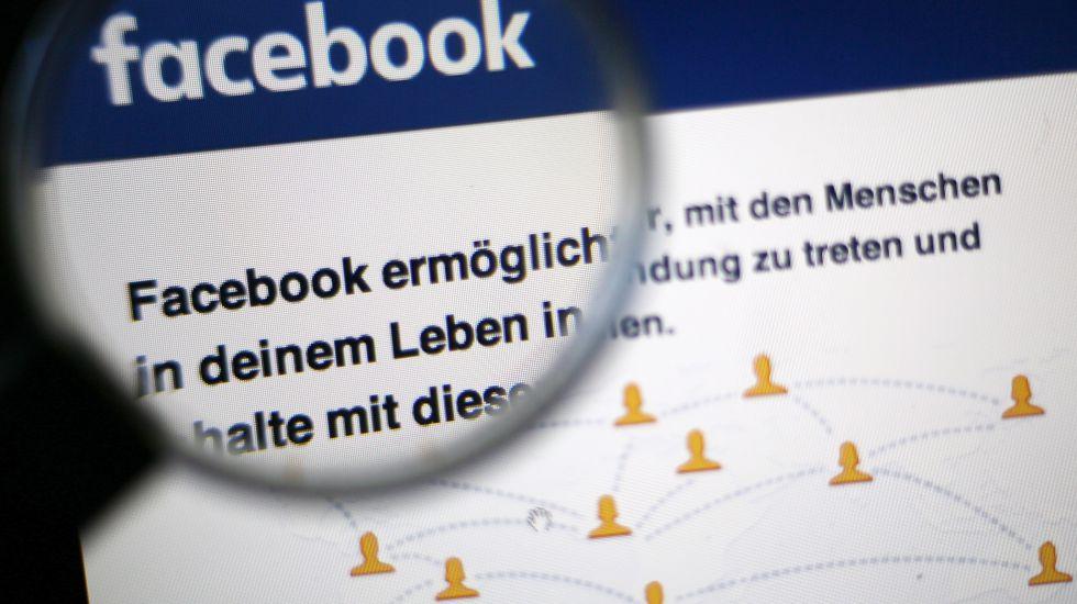 Germania, multa a chi insulta sui social