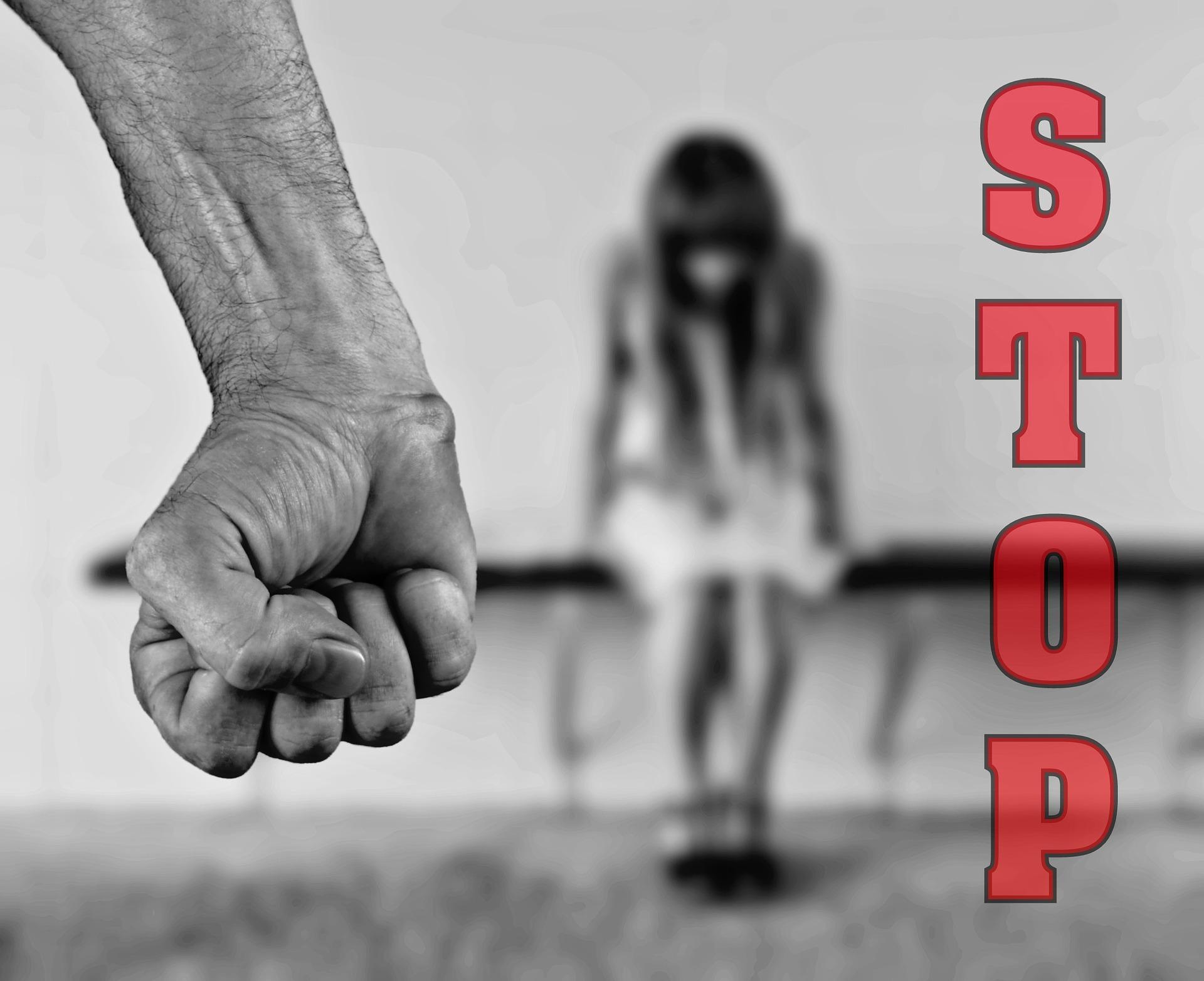 Stupro verbale: la violenza psicologica e fisica sulle donne