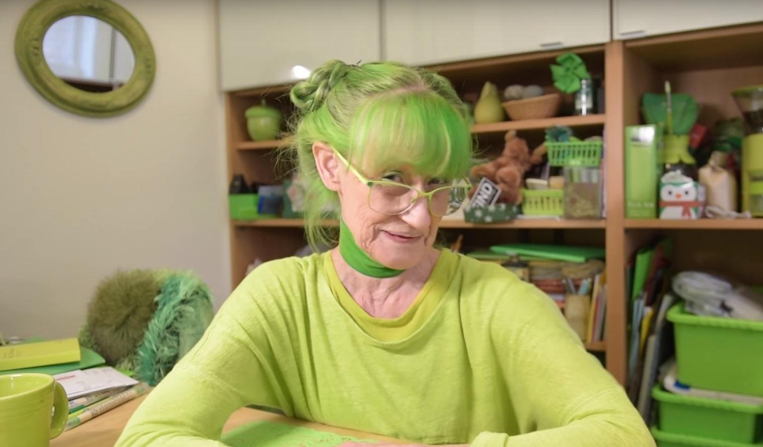 Elizabeth, la signora in verde