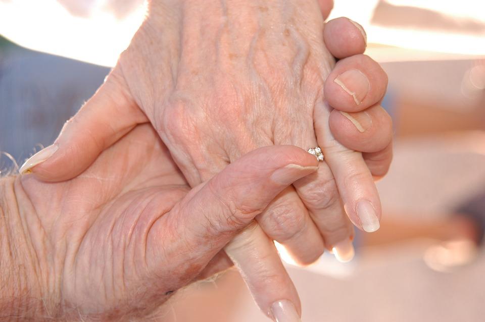 Alessandria, dopo 62 anni di matrimonio muoiono lo stesso giorno