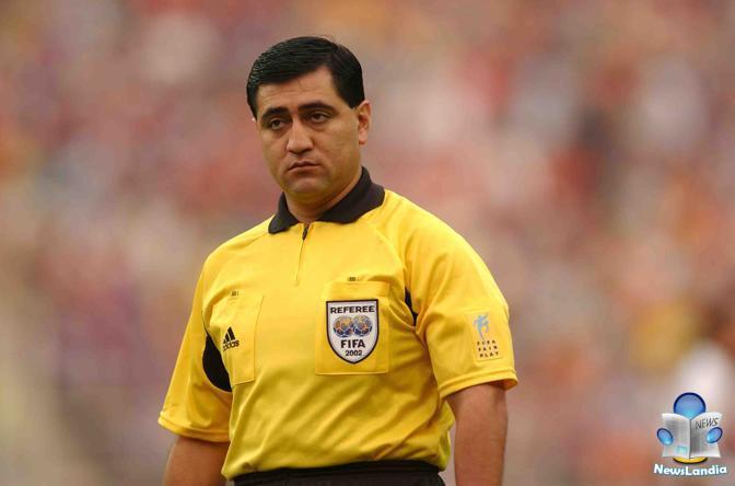 La vera storia di Byron Moreno, l'arbitro dei mondiali 2002