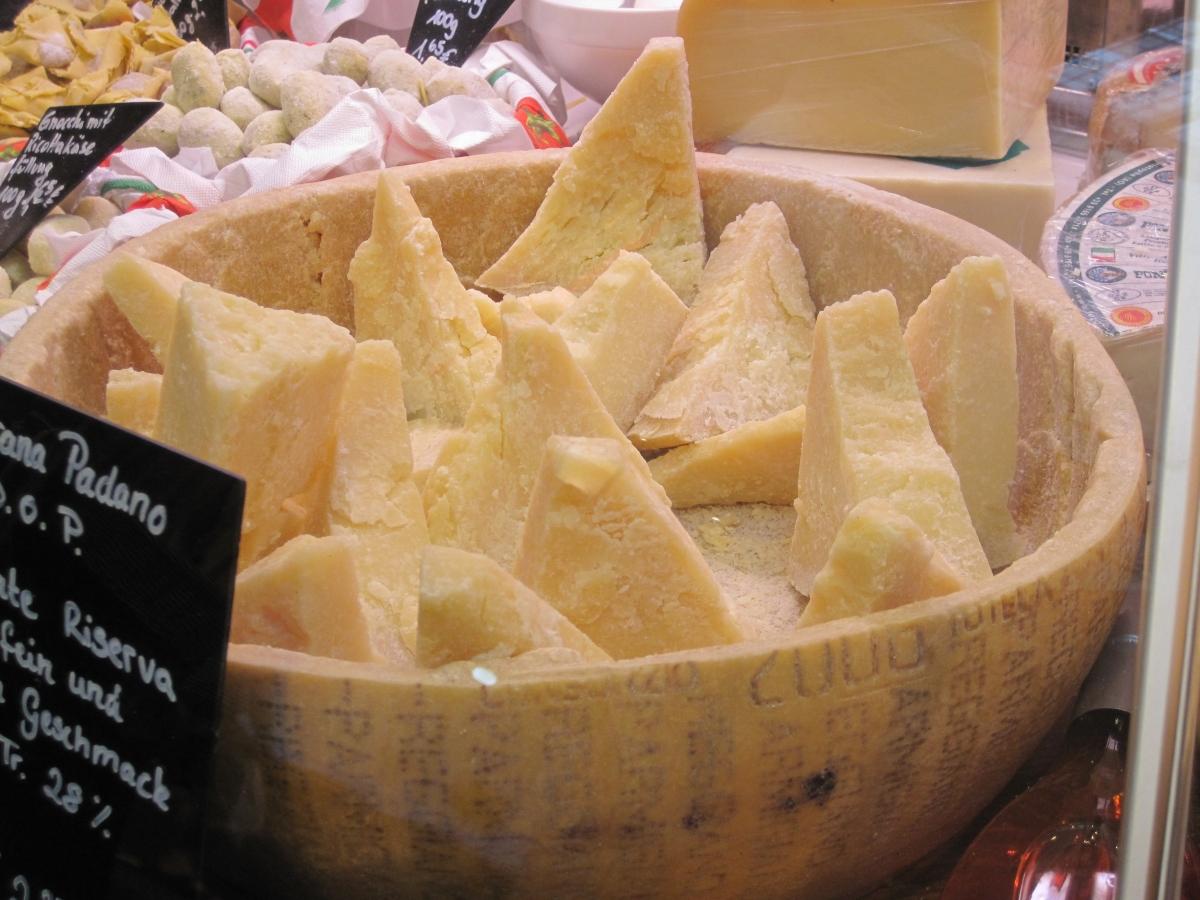 Londra, chiede del parmigiano sul piatto di pesce: la risposta dello chef italiano